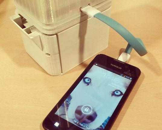 Salt Lamp Charging Smart Phone