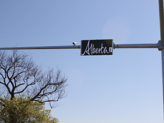 Programmable LED Sign - University of Alberta by LED Pros