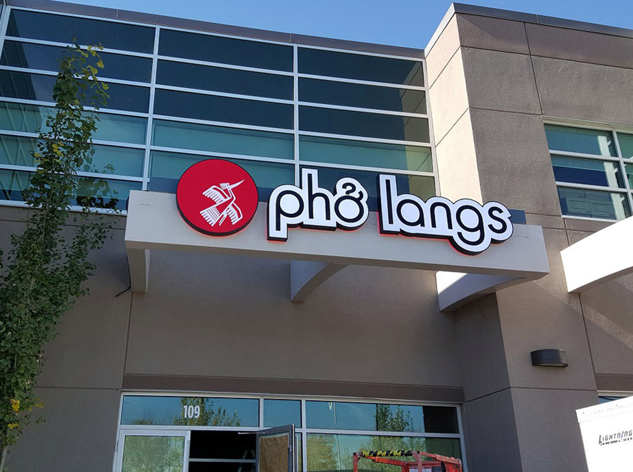 Channel Letters - Pho Langs by LED Pros