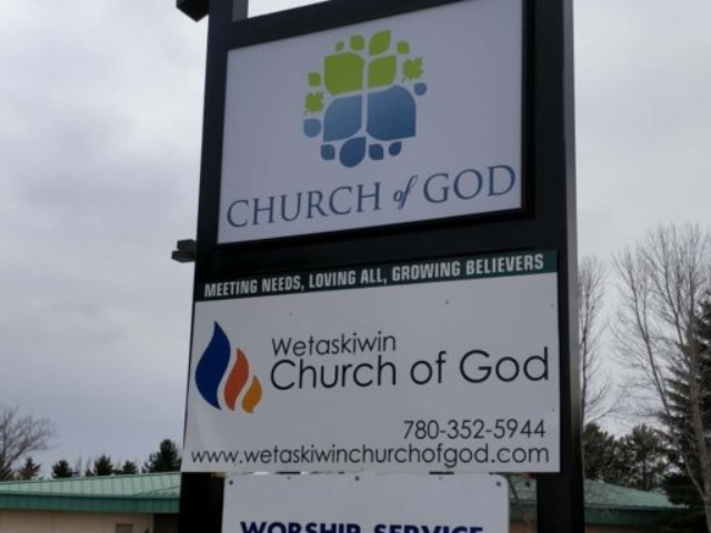 Pylon Sign - Church of God by LED Pros