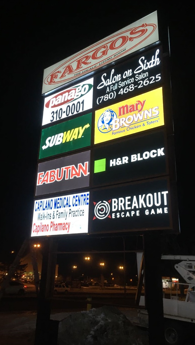 Pylon Sign - Fargo's by LED Pros